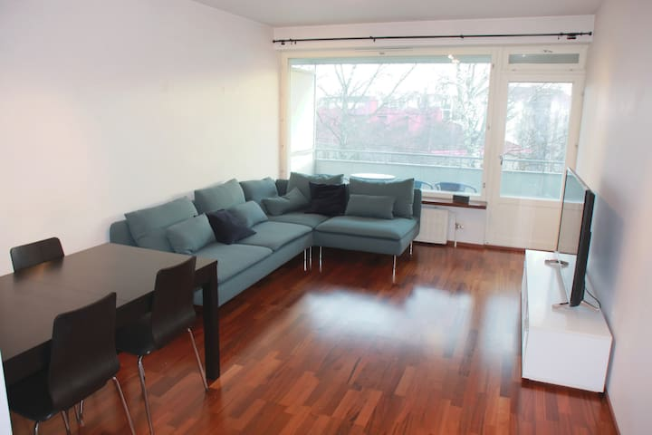 Spacious 54 m2 apartment close to city center