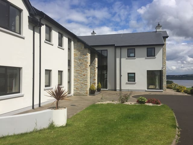 Luxury 2 bedrooms in house sea view Letterkenny