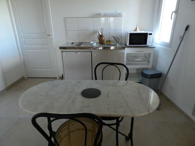 studio - Espalais - Apartment