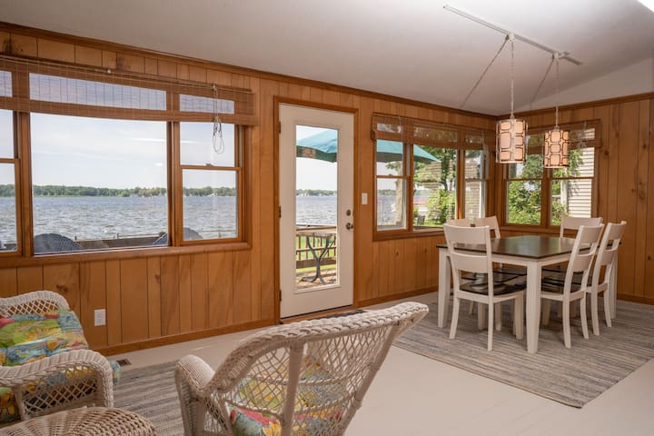 Wamplers Lake North Shore Lake Front Summer Rental