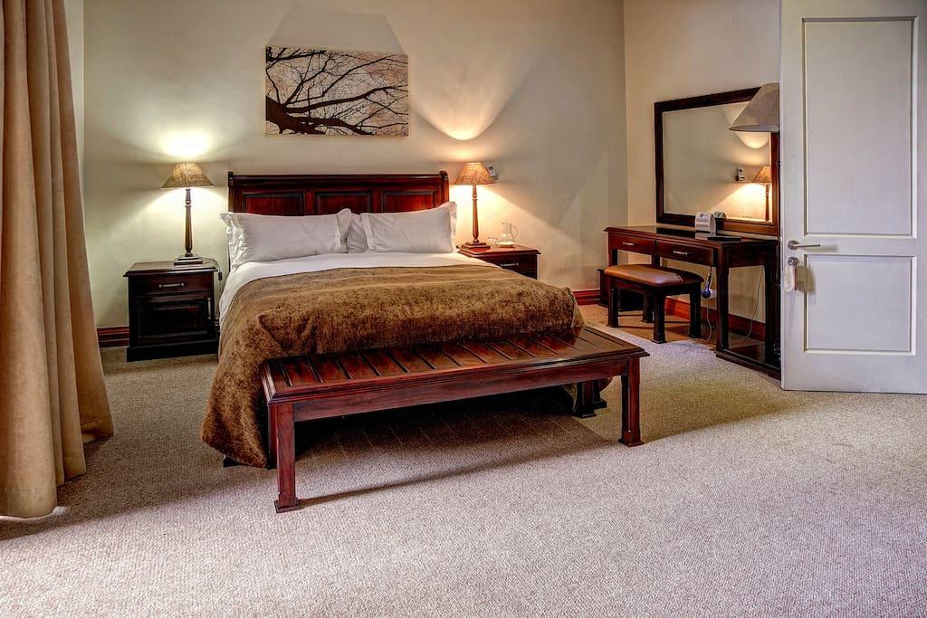 Pebble Beach (Room 2)
