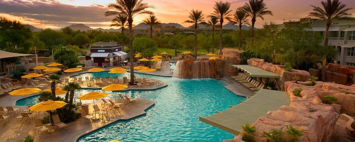 Marriott's Canyon Villas Desert Ridge Resort Pools