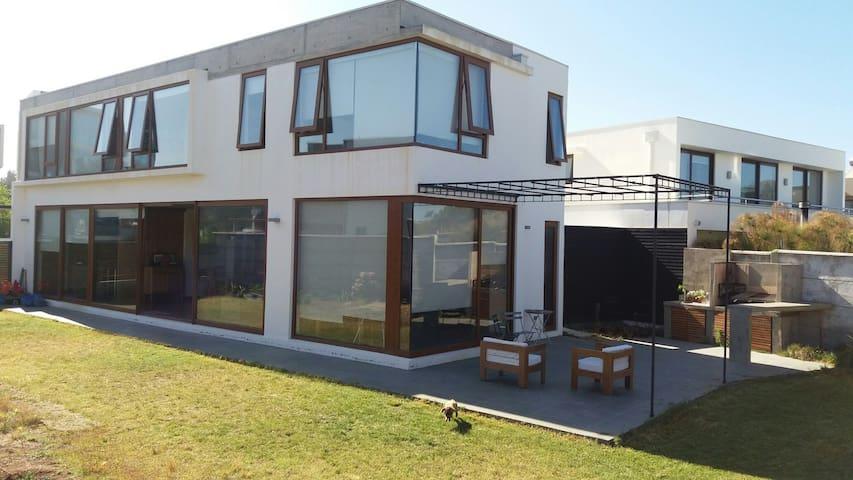 Casa en Reñaca excelente ubicación - Viña del Mar - House