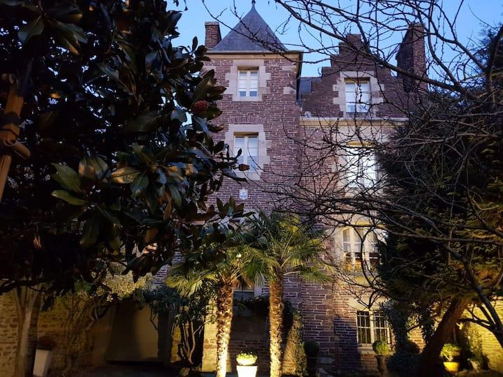 Castel Jolly