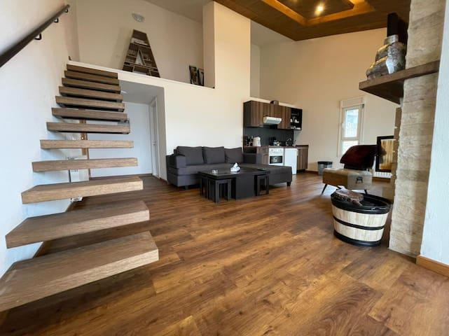 Cozy luxurious loft in Zaarour Club !