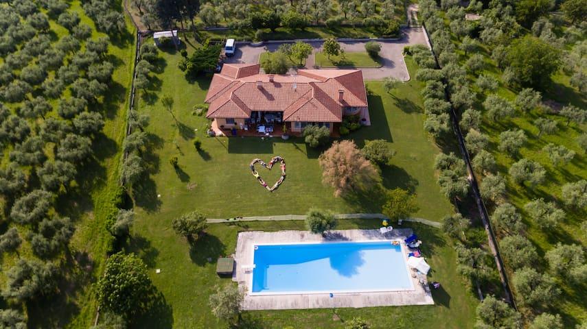 Villa privata con piscina e vista - San Felice del Benaco - Villa