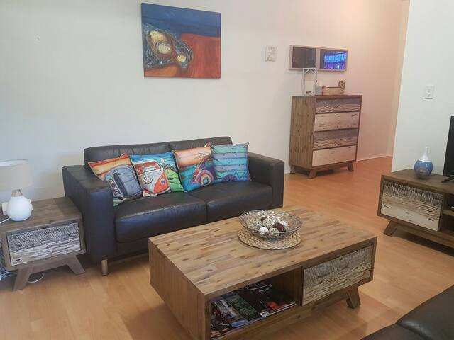 Affordable Flat walking distance to the Strand