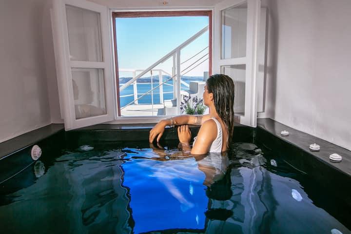 Aurora Grace Villas, indoor plunge pool & sea view
