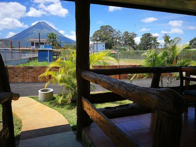 Downtown Apartment w/Volcano view (1) - La Fortuna