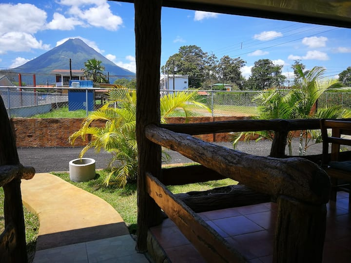 Downtown Apartment w/Volcano view (1) - La Fortuna