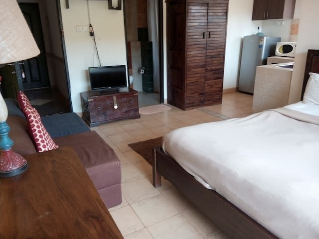 Cosy 2nd Floor Studio Apt nr Calangute Beach