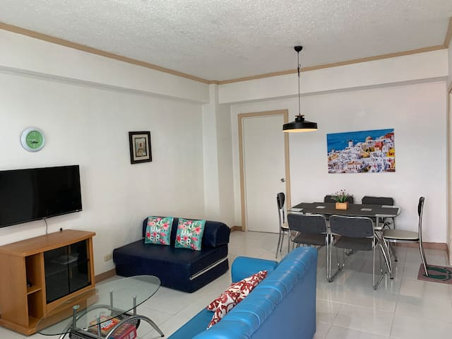 Condo Living in cool and scenic Green Valley