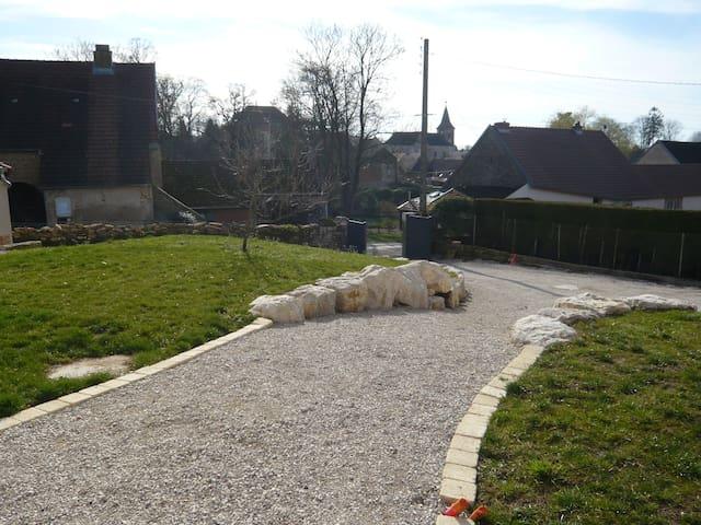 MAISON BOURGOISE FULLY RESTORED 2016 - Montmirey-la-ville - Haus