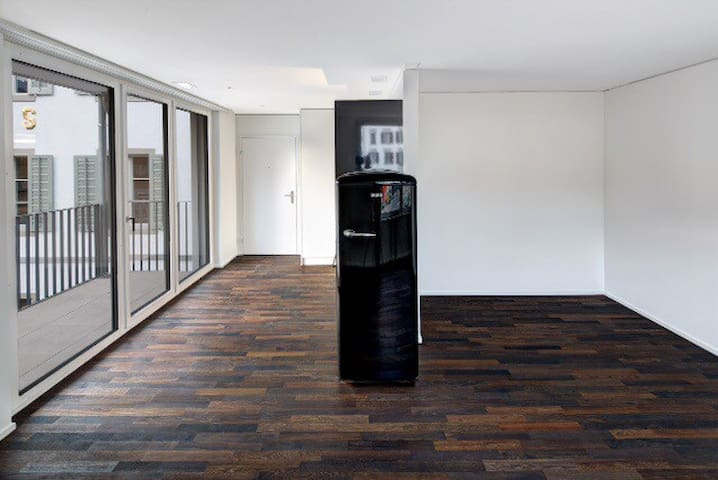 1 BDR NEW STUDIO CENTER WOLLERAU SZ - Wollerau - Pis