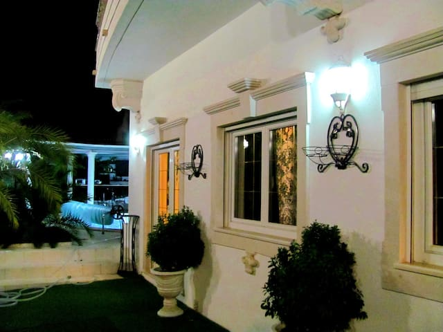 2Bedroom Penthouse in Luxury Villa 5* (4-8 Guests)