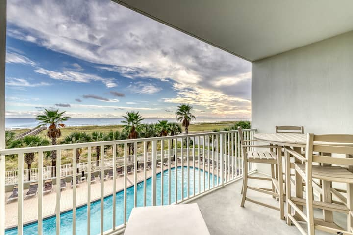 Updated Gulf front condo w/ shared pool, hot tub, and sauna, & beach access!