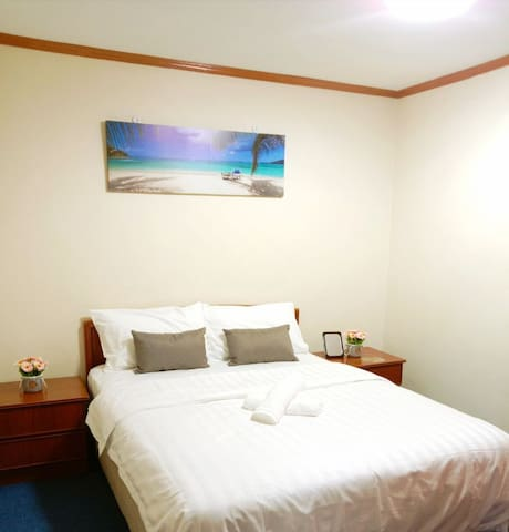 ★Couples Getaway★2BR | Spacious & Peaceful @KkCity