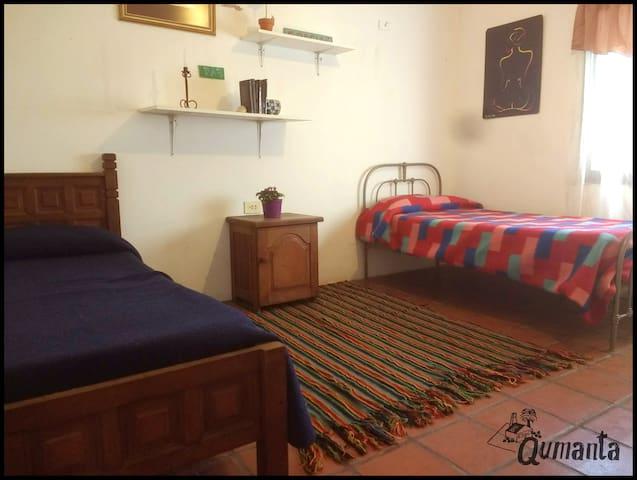 Casa Qumanta - Habitación doble + Desayuno + WIFI