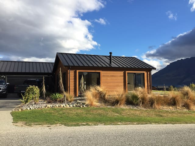 Double room in remarkable setting - Kawarau Falls - Talo