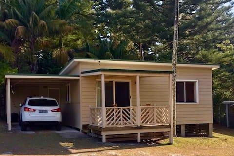 Kioloa Beach Holiday Cabins (Cabin 11)