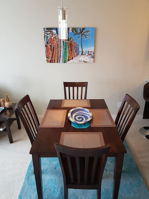 Enjoy the Hawaiian Artwork and Decor Items Throughout.