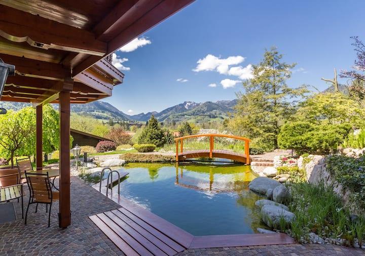 Hochfelln- Luxuswohnung am Schwimmteich