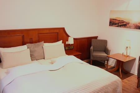 Gemütliches Zimmer direkt am Meer - Timmendorfer Strand