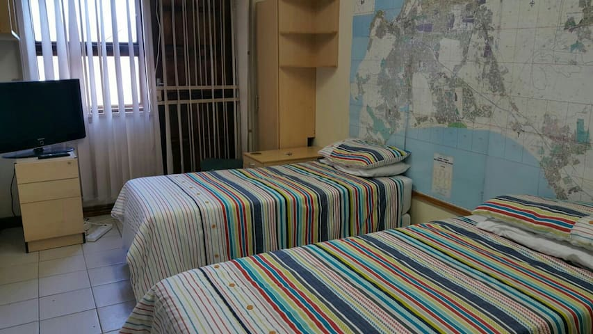 Very secure gated Studio apartment - Cape Town