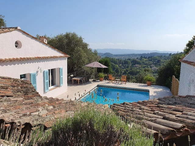 Cottage Matisse, Pool, Parc, View, Yoga & Golf
