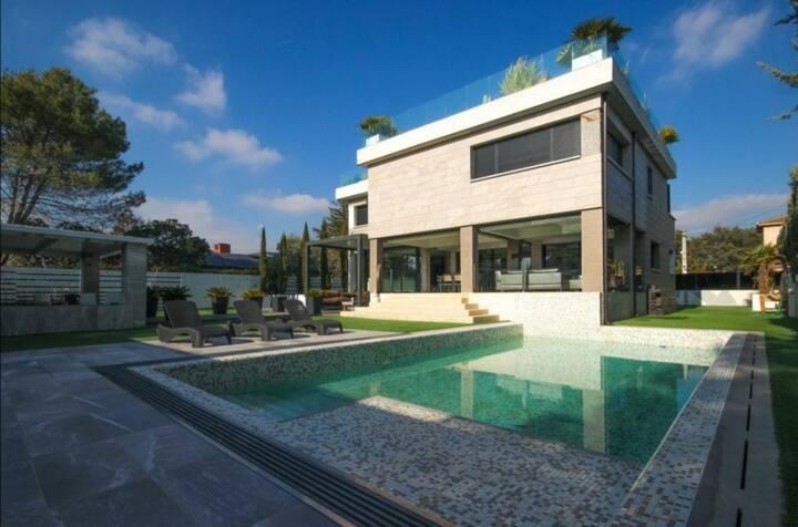 Gorgeous house in Sierra de Madrid