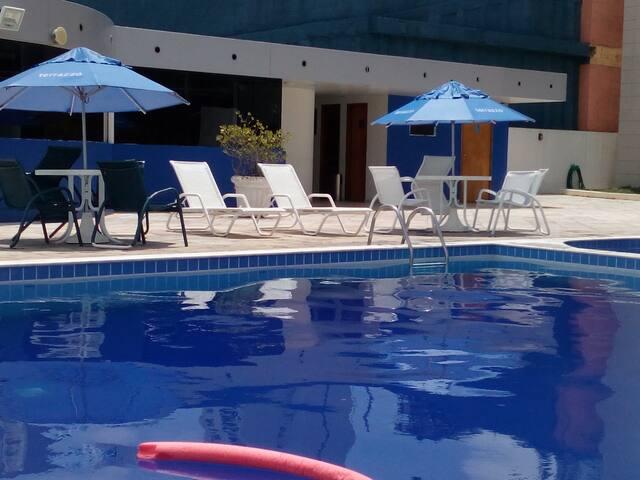 A Piscina /la pileta/The pool