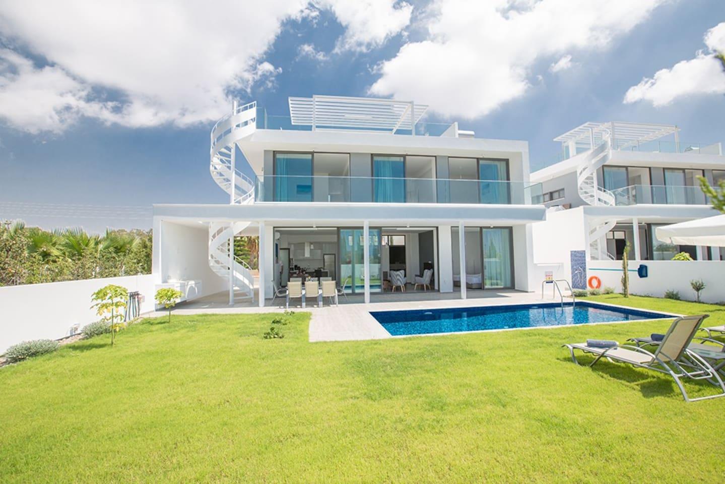 Villa Tara, Beautiful 4BDR brand new Ayia Napa Villa
