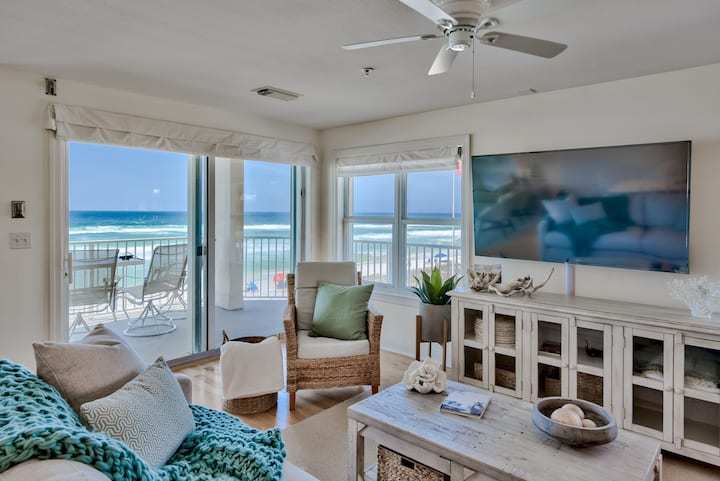 Beautiful Updated Beachfront Condo - Going Coastal