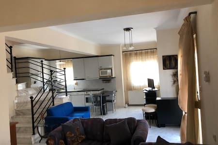 Olimpiaki Akti 2-Floor Family Home with a View