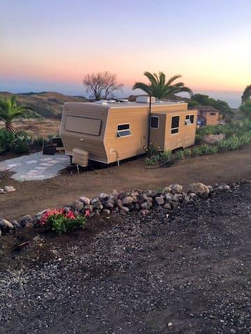 Elegant Trailer with Malibu Ocean Views