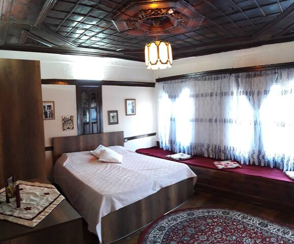 Guest House Semani Superior Double Room/City View
