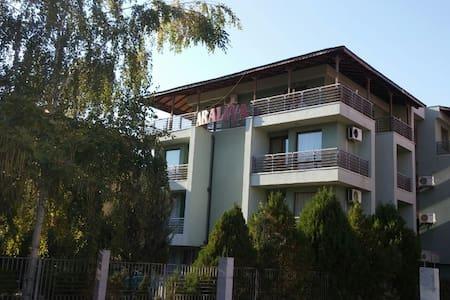 Apartments in Nessebar Araliya - Burgasz