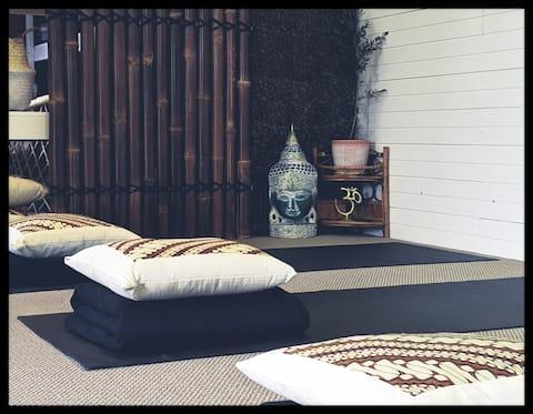 Drift Studio at Sisters Beach.  Sleep and Stretch.