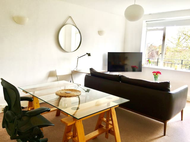 1 Bed Penthouse in Belsize park NW3, Near the tube - Lontoo - Huoneisto