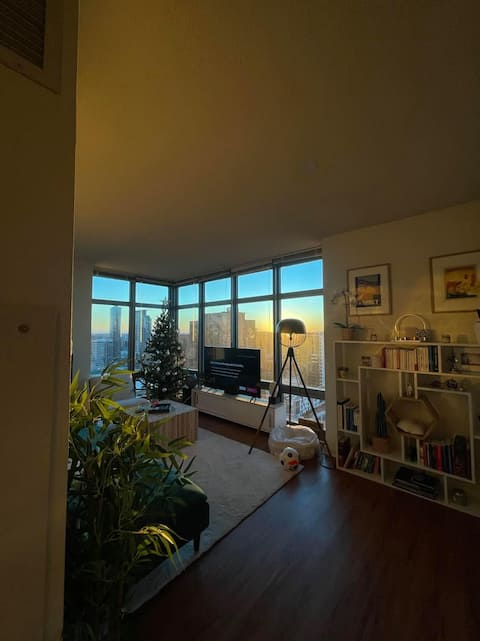 Best 1 Bedroom with Sunset view over the city