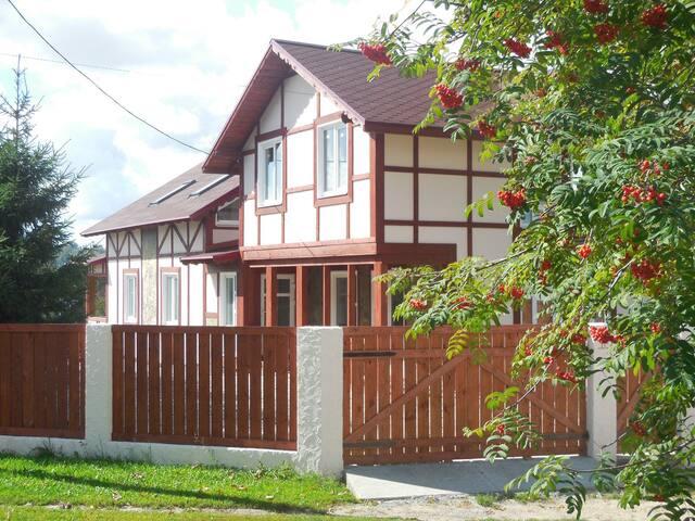 Дом-студия в Шаве - Шава - Rumah
