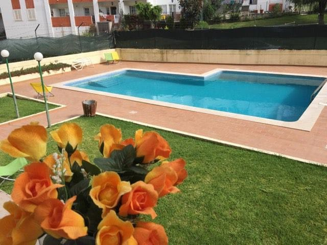 """Yellow & Blue Apartment"" with pool in Albufeira"