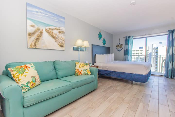 Sea Mist Resort Unit 51204 -Beautiful Ocean Views!