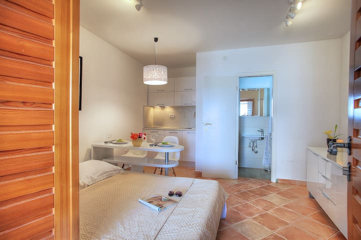 Casa Marina studio apartment