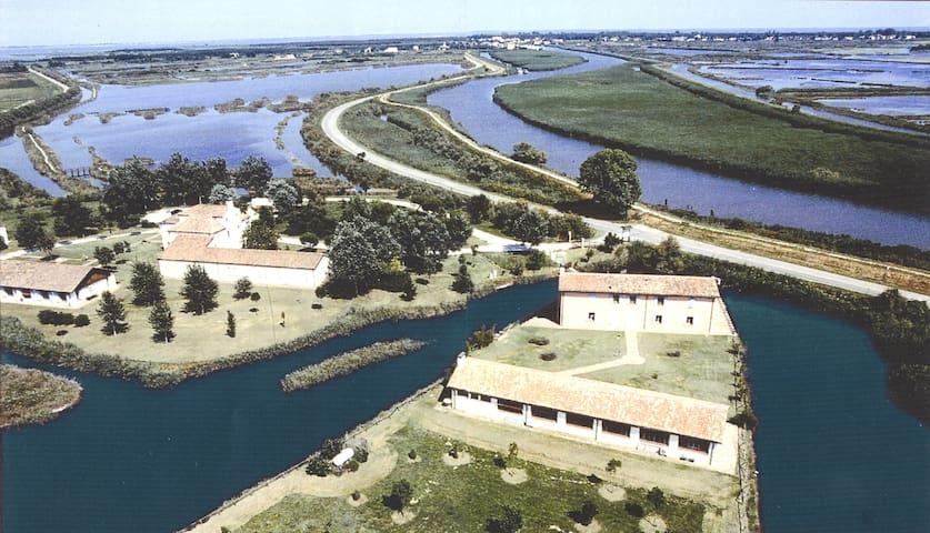 Hotel Rurale Canneviè - Casa del Pescatore 600'