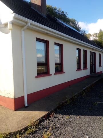 Large Bungalow overlooking Mulroy Bay
