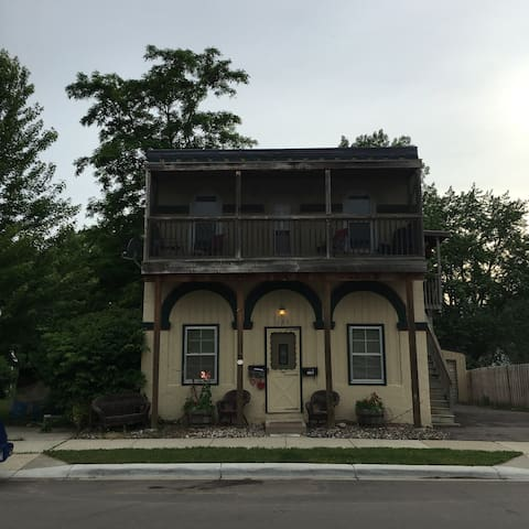 Main Floor Duplex in Historical Building +Backyard - Chaska