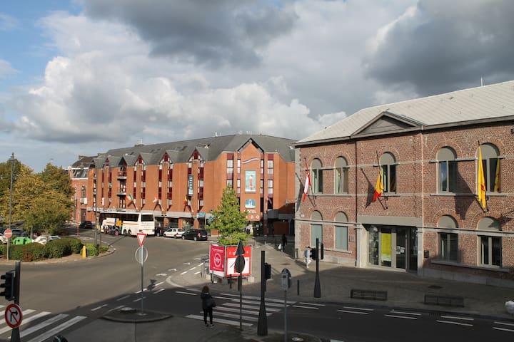 Beau studio neuf au centre ville de Mons