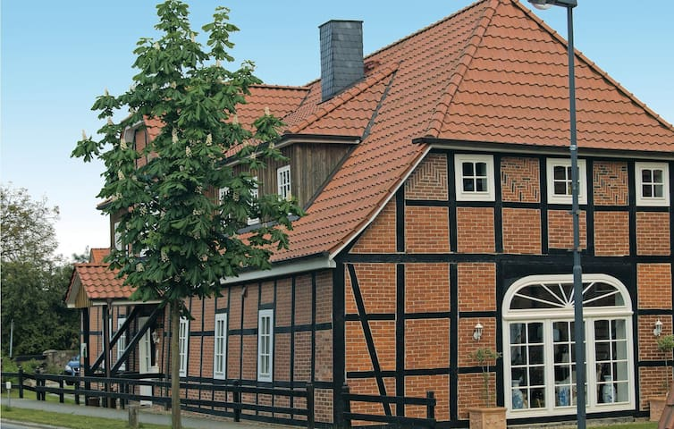Holiday apartment with 3 bedrooms on 77 m² in Altenmedingen