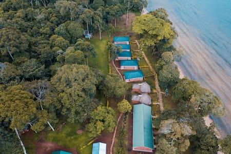 MIREMBE RESORT BEACH KALANGALA SSESE ISLANDS